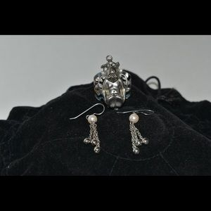 Earring set with pearls